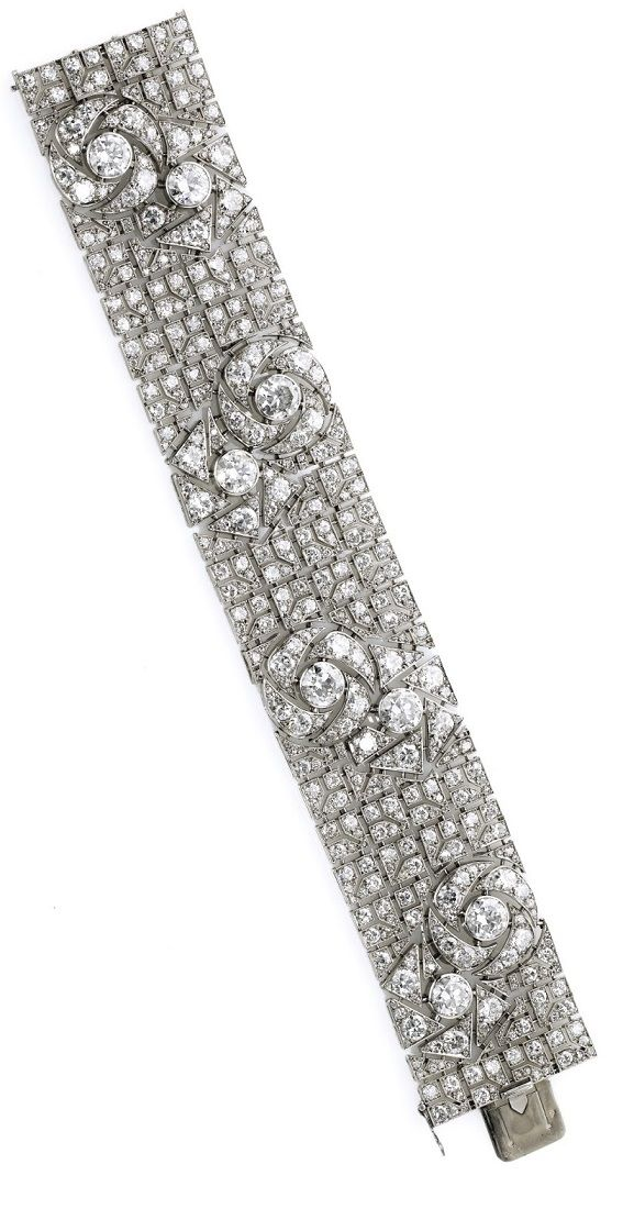 Art Deco diamond bracelet with pattern of stylized roses, circa 1925