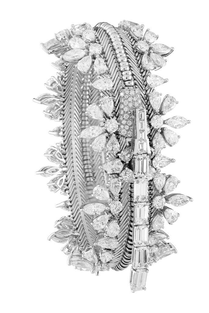Diamond Zip #Bracelet - converts to #necklace - Van Cleef & Arpels...