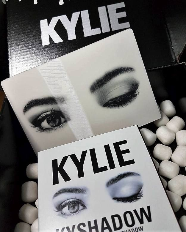 Packaging Kylie Kyshadow | Kylie Kyshadow Palette Vs BH Cosmetics Shaaanxo Palet...