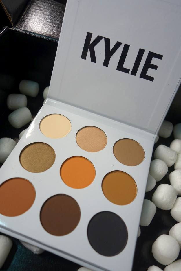 Product | Kylie Cosmetics Kyshadow Palette Makeup Review | Is It Worth It?...