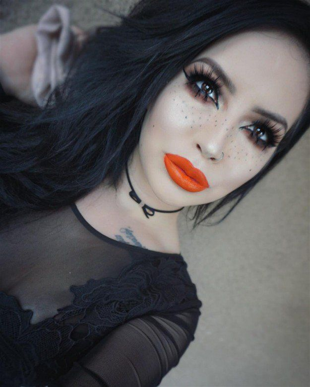 Kat Von D Studded Kiss Look | Makeup Gifts Amazing Finds Online That Don't B...