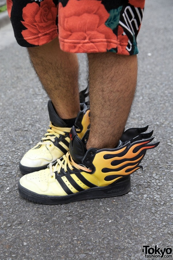 Adidas Flame shoes? It's cool,but I'm not sure I'll use this for daily shoes