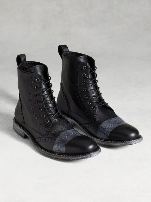 College Wingtip Boot