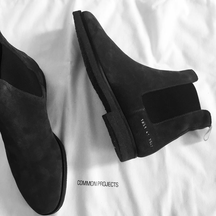 common projects chelsea boot....