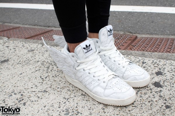 I saw so many adidas wing shoes, in tokyofashion.com. I think this shoes is real...