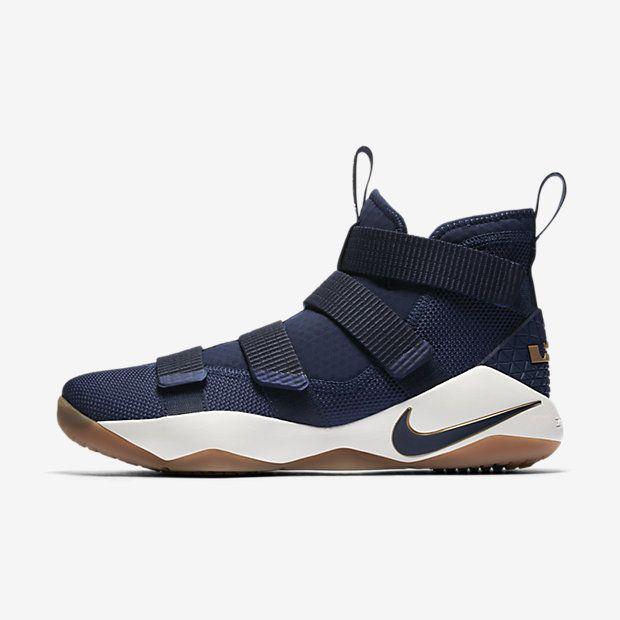 LeBron Soldier XI Men's Basketball Shoe
