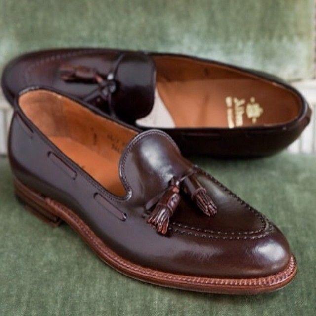 #man #shoe #loafer...