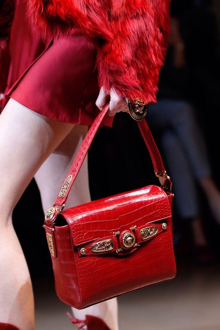 Versace Fashion Show Details...
