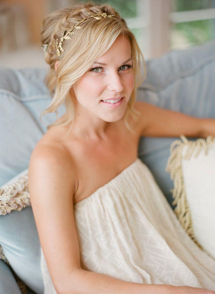 Wedding Hairstyle Inspiration - Photo: Michael + Anna Costa Photography