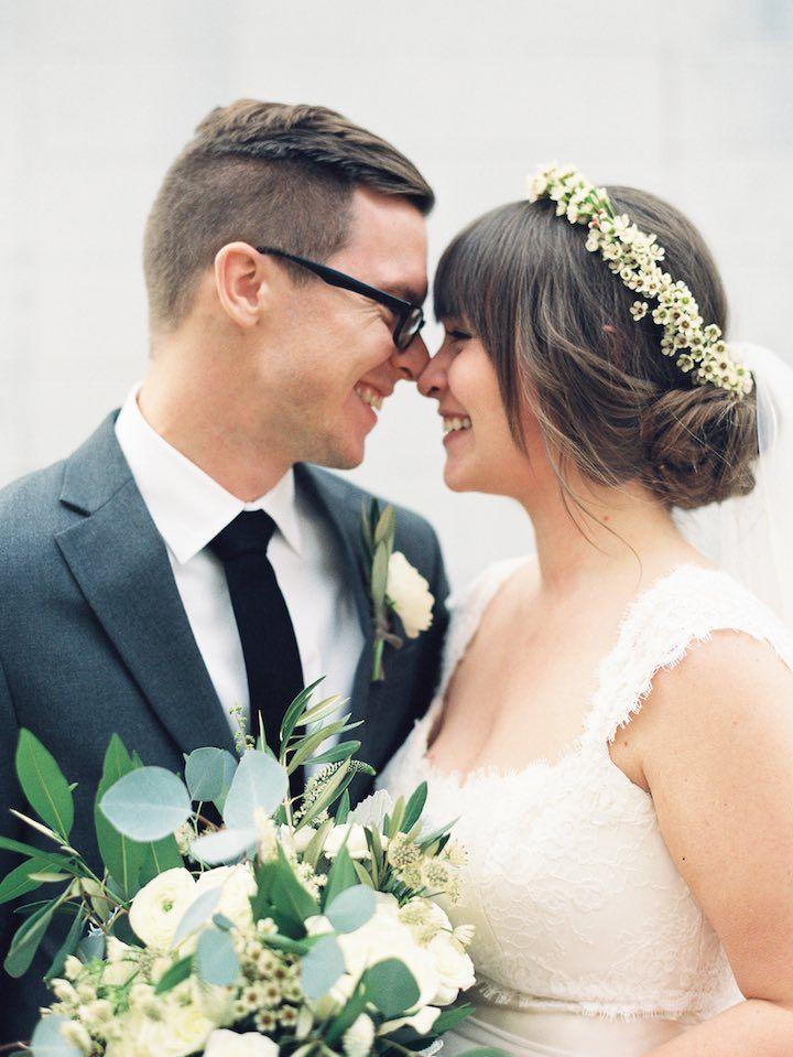 Wedding Hairstyle Inspiration - Photo: Nancy Ray Photography