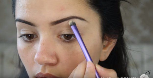 Apply Base On Eyelids | Get Kylie Jenner Instagram-Worthy Makeup With This Tutor...