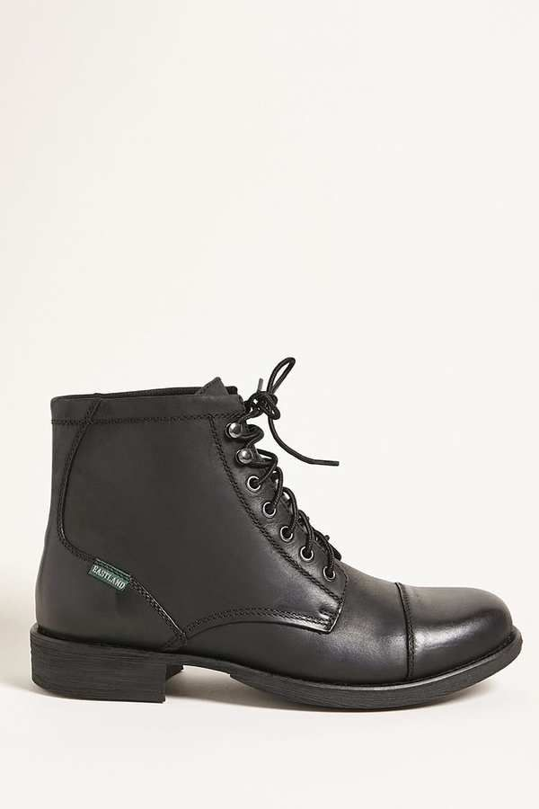 21 MEN Eastland Ankle Boots...