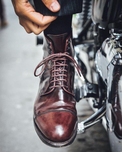 thebespokedudes: Rise & Shine #thebespokedudes w/ Santoni #shellcordovan #boots ...
