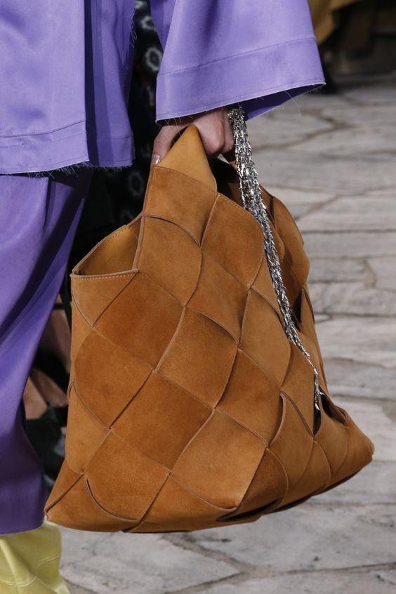 Loewe Fashion show details
