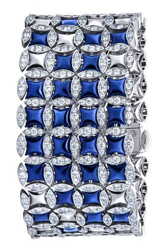 H D Diamonds is your direct contact to diamond trade suppliers, a Bond Street je...