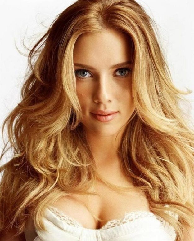 Strawberry Blonde | 13 Fall Hair Color Ideas For Fair Skin