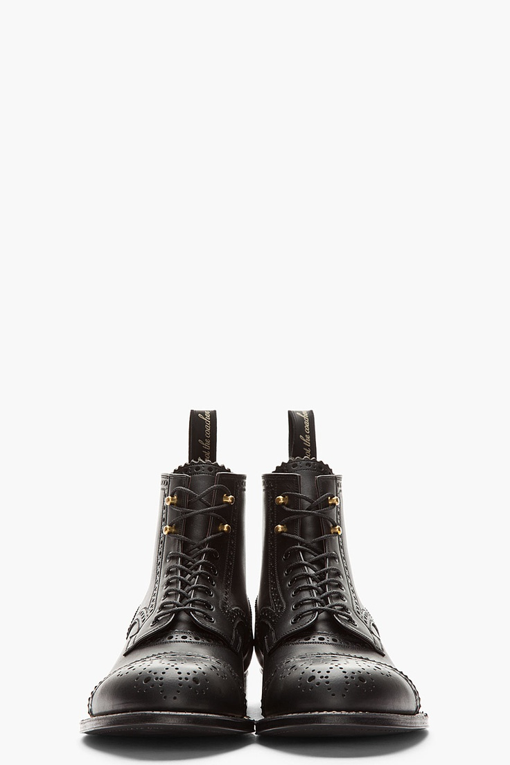 AUTHENTIC SHOE // BLACK LEATHER BROGUED MENDELL BOOTS.