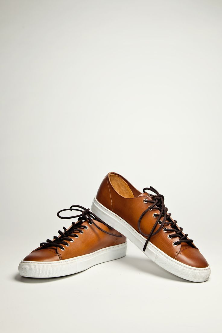 Buttero Tanino in tan leather. Want.