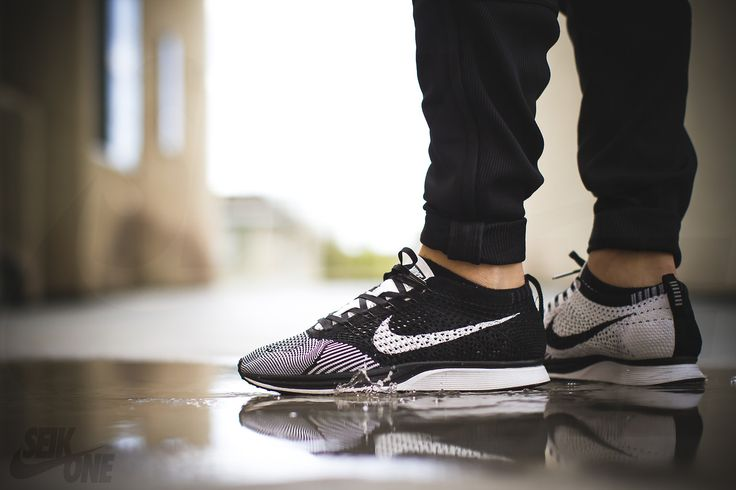 Nike flyknit Racer. Black and White. Crazy. #sneakers Pinning bc Cesar took this...