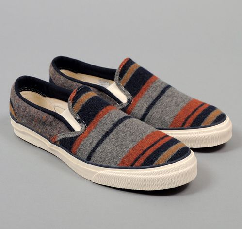TH-S & CO. SLIP-ON SNEAKERS, BLANKET LINING STRIPE FABRIC, GREY / NAVY / RUST / ...