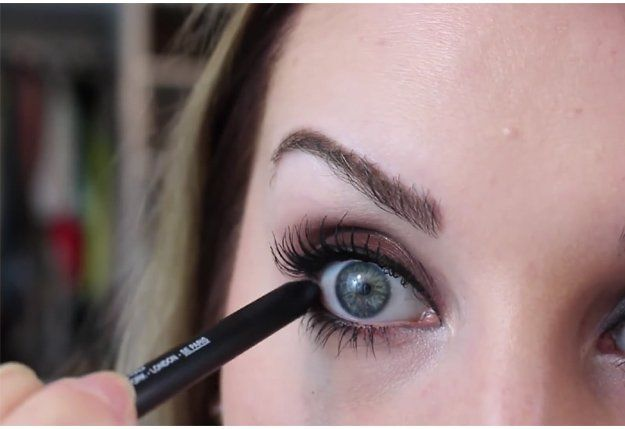 Rimming The Waterline | Great Eyeliner Tips For Makeup Junkies