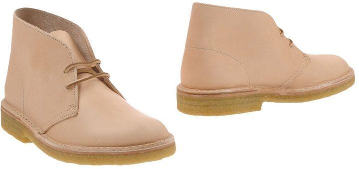 CLARKS ORIGINALS Ankle boots