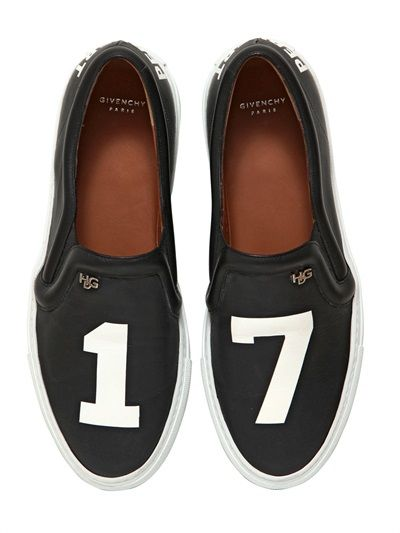 Givenchy forever 17