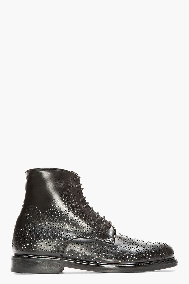 Very perforated. #boots