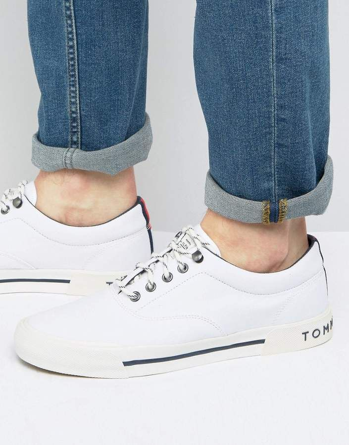 Tommy Hilfiger Yarmouth Logo Sneakers