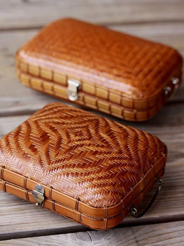 Bamboo purse by Taketora, Japan