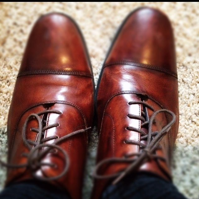 Good guy shoes for date night at Blue Dahlia Cafe and a drink at East Side Showr...