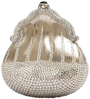 Judith Leiber (via Clutch Crush ♥)