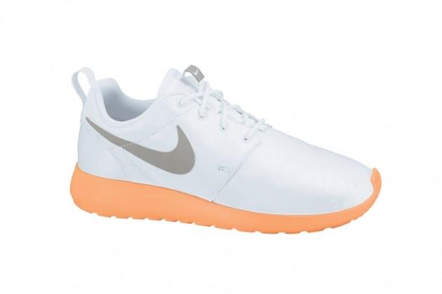 Nike Roshe Run Premium - Snake & Peach (Holiday 2012)