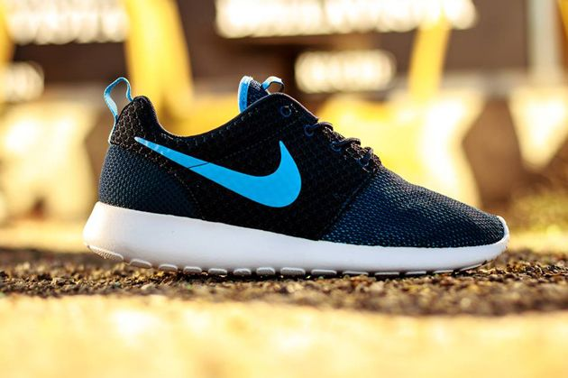 online store c1bf8 85f6e Nike Roshe Run GS Midnight Navy   University Blue Total Orange White