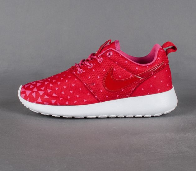 new product 35f6a 94511 Nike Roshe Run GS-Triangles. TAGS  black white sneakers · casual sneakers  womens · cute sneakers womens · designer shoes ...