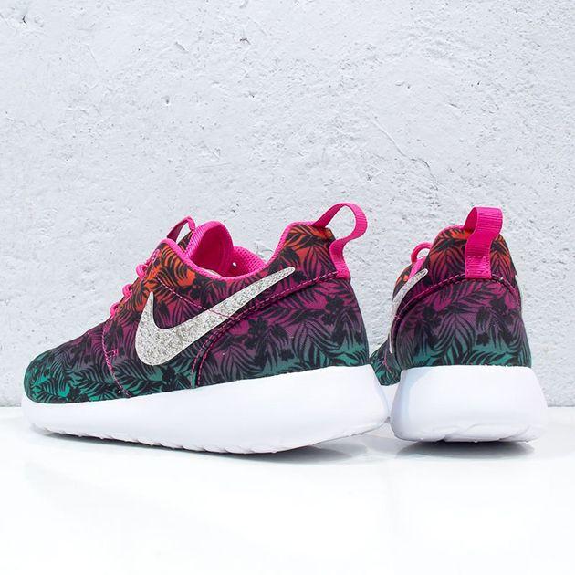Nike Roshe Run Print-Gradient Floral-3