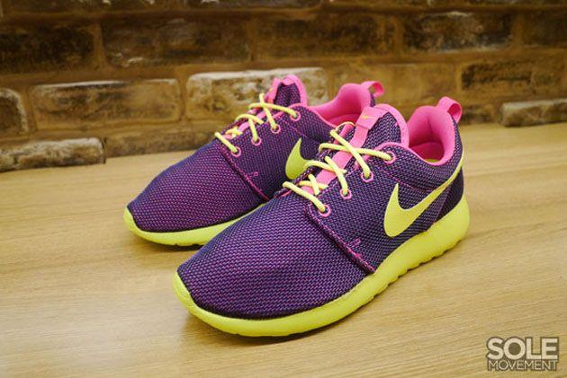d28d558a97b9 Trendy Women s Sneakers 2017  2018   Nike Roshe Run WMNS Hyper Pink ...