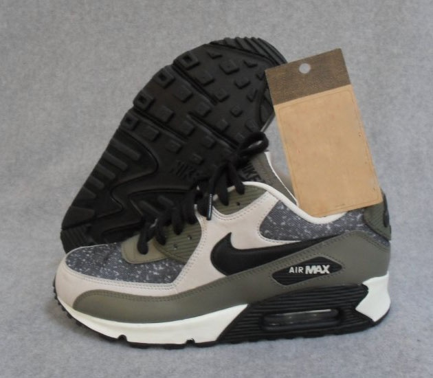 """Nike WMNS Air Max 90 """"Speckled Grey"""" #sneakers #kicks"""