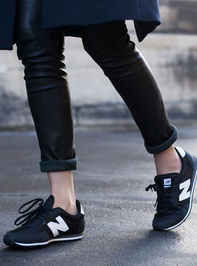 6a13ef36369d Trendy Women s Sneakers   Minimal