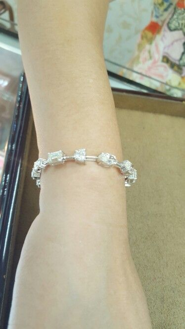 Fancy shape bracelet
