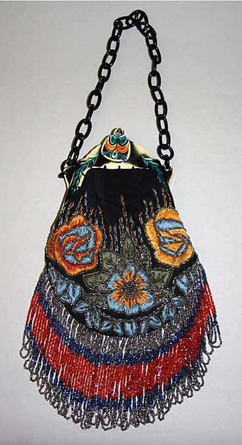 Purse, late 1920s, American. Silk, plastic, glass, metal (hva)