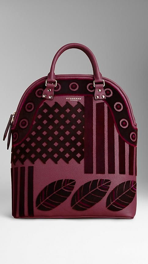 Burberry available at Luxury & Vintage Madrid, the best shopping site of luxury ...