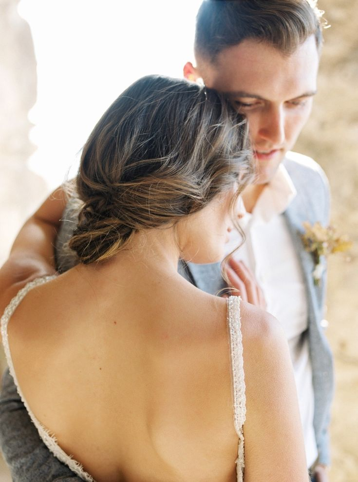 Featured Photographer: Sara Corona Photography; Wedding hairstyles ideas.