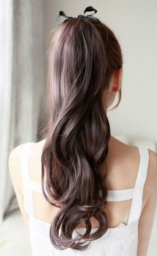 High Ponytail with a bow. Waves. Fashion Style. Beauty. Inspiration. ♡