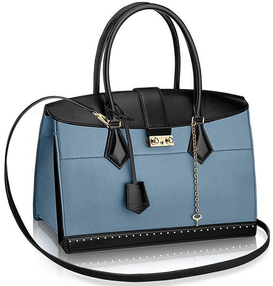 #louisvuitton #handbag available at Luxury & Vintage Madrid, the leading #fashio...