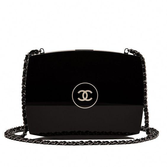 Chanel available at Luxury & Vintage Madrid, the world's best selection of conte...