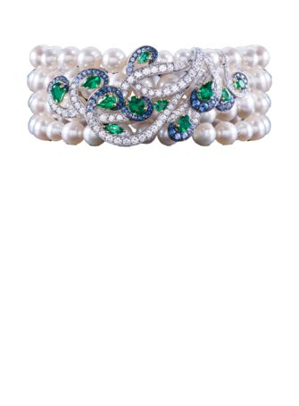 Grand Pheasants Bracelet White gold with sapphires, emeralds and white diamonds.