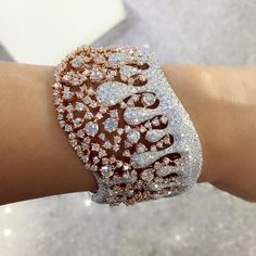 Rose@White Gold ,Diamont bracelet.