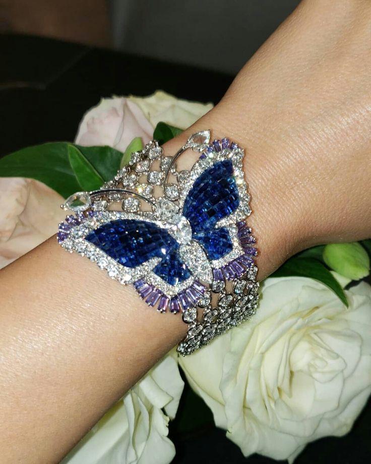 #vancleefarpels #vca #mysteryset #unique #oneofakind #butterfly