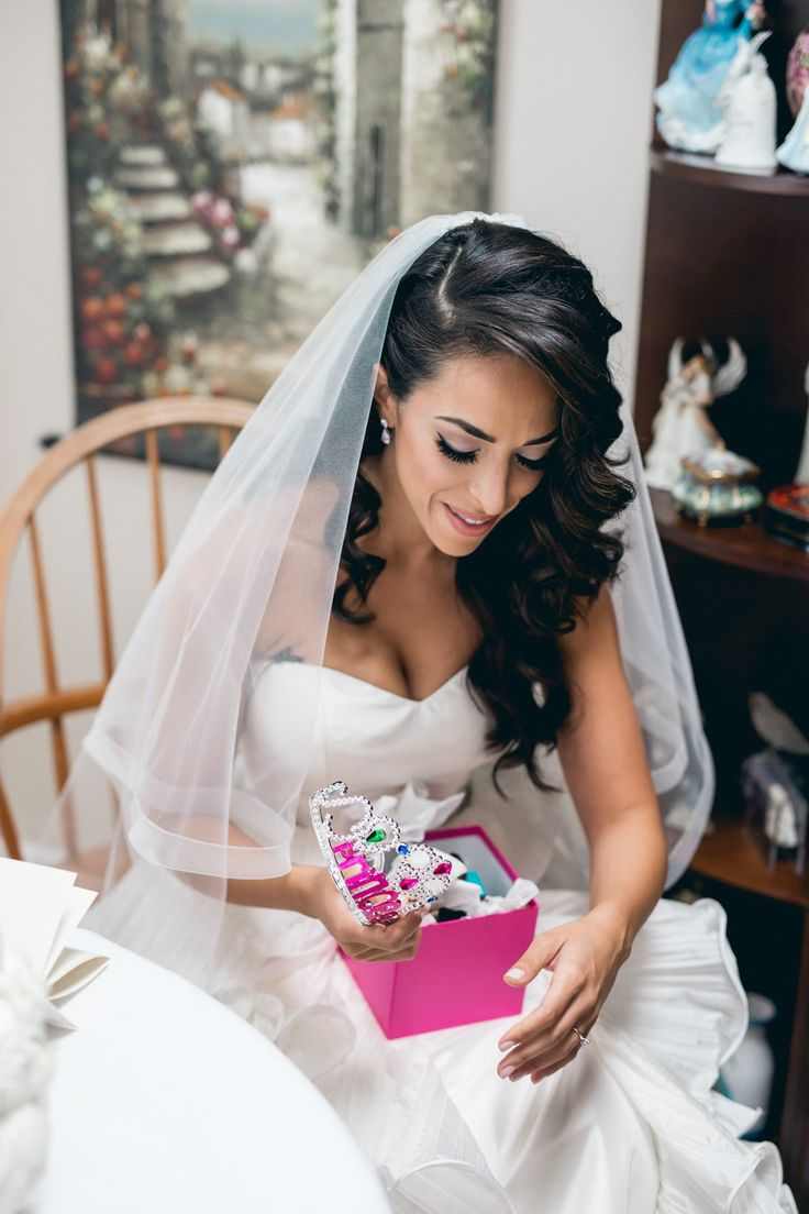 Glamorous White Toronto Wedding from AGI Studio